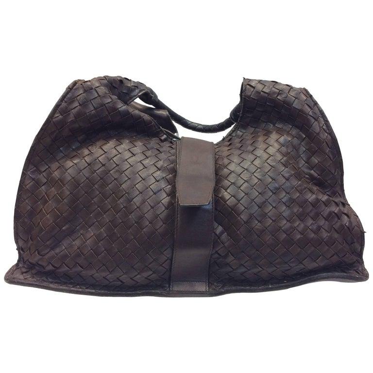 96391a10d76 Bottega Veneta Brown Woven Leather Shoulderbag For Sale at 1stdibs