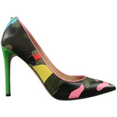 VALENTINO Size 8.5 Psychedelic Camouflage Leather Pumps