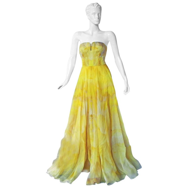 Alexander McQueen Daffodil Yellow Strapless Silk Organza Evening Dress Gown For Sale