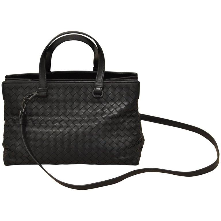 2016 Bottega Veneta Nero Intrecciato Nappa Medium Top Handle Bag w Dust Bag  For Sale 3dbb086468