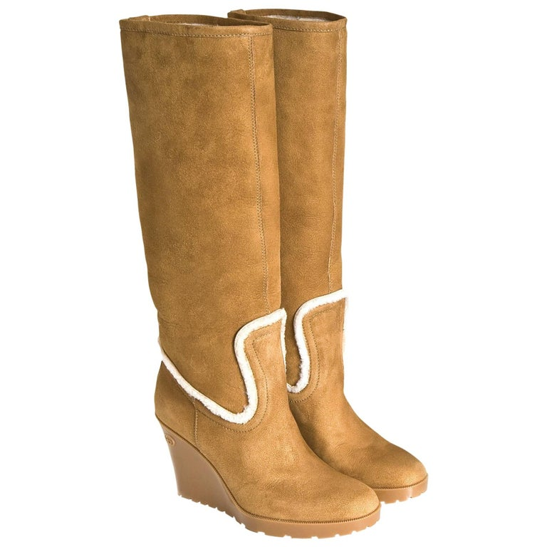 Gucci New Camel Lambskin Shearling Wedge Boots For Sale