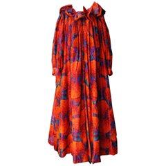1990 Nina Ricci (attributed to) Beautiful opera coat made of orange silk taffeta