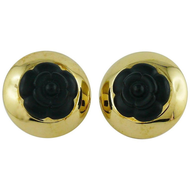 Chanel Vintage 1992 Black Camelia Clip-On Earrings For Sale