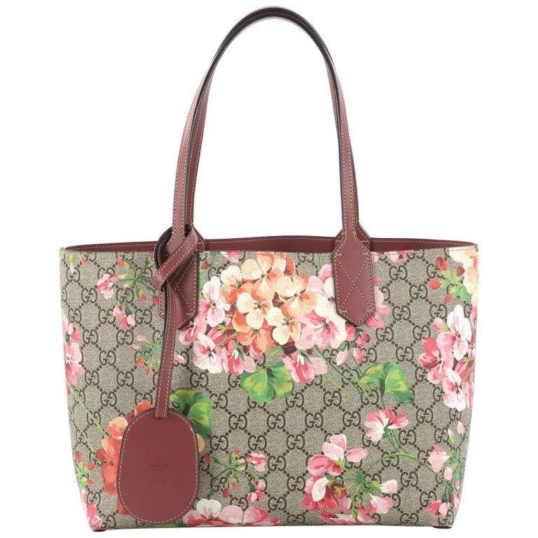 2ab95894f60e Gucci Reversible Gucci Reversible Tote Blooms GG Print Leather Small For  Sale