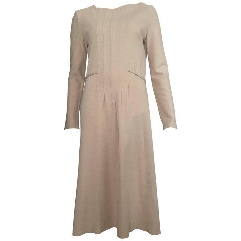 Geoffrey Beene Boutique 1970s Wool Knit Tan Long Sleeve Dress Size 8.