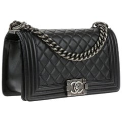 Chanel Old Medium boy bag in quilted lambskin leather with Ruthenium Hardware