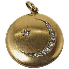 Vintage Signed W&M Co. Moon & Star Gold Filled Locket