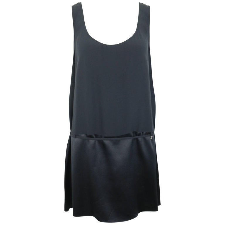 Chanel Black Silk Sleeveless Round Neck Tunic  For Sale