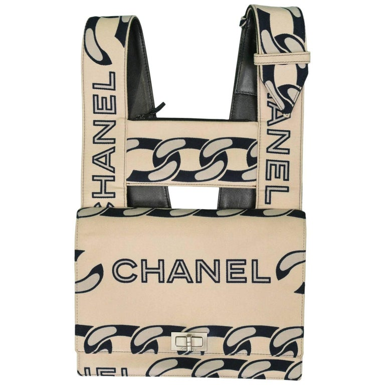 7fd74ce1b819 Chanel Vintage Canvas and Leather Chain Print Bag at 1stdibs