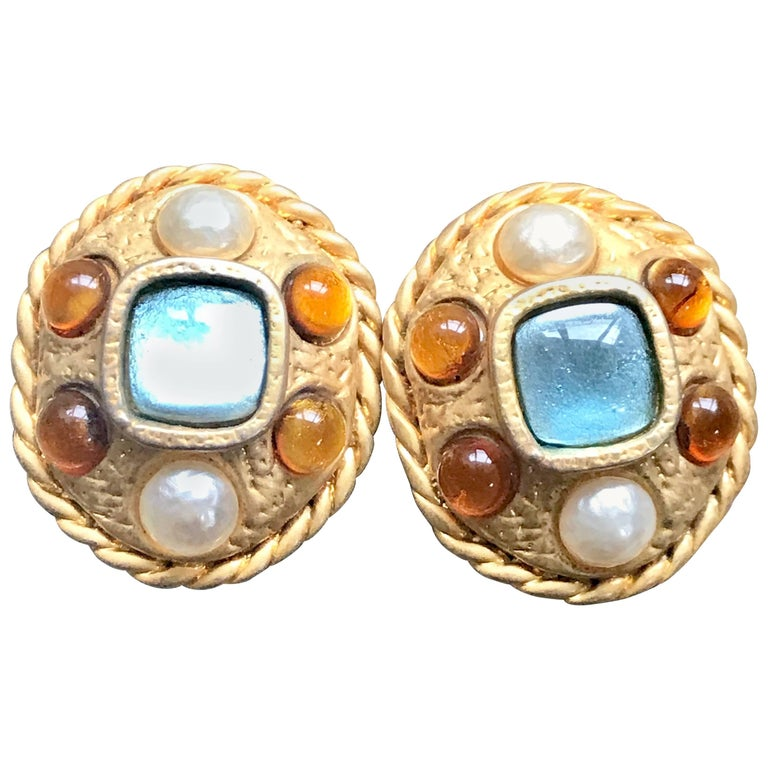 Vintage CHANEL golden oval faux pearl, blue and orange gripoix large earrings. For Sale