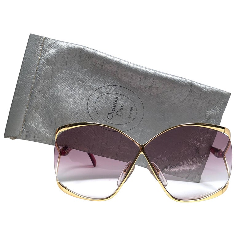6faacc433c4 New Vintage Christian Dior 2056 43 Butterfly Gold and Red Sunglasses For  Sale at 1stdibs