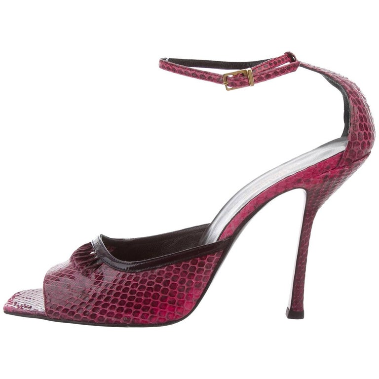 277e4f20d2f New Gianni Versace Vintage Raspberry Snakeskin Peep-toe Shoes Sandals 39.5  - 9.5