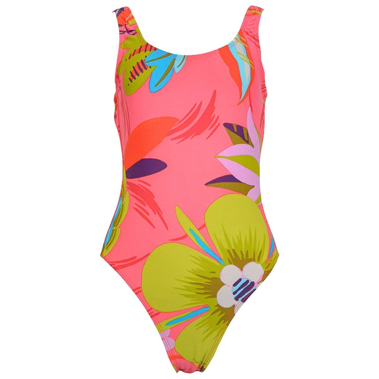 377cf9bc619f5 1999 Tom Ford for Gucci Pink Floral One-Pice Swimsuit For Sale at ...