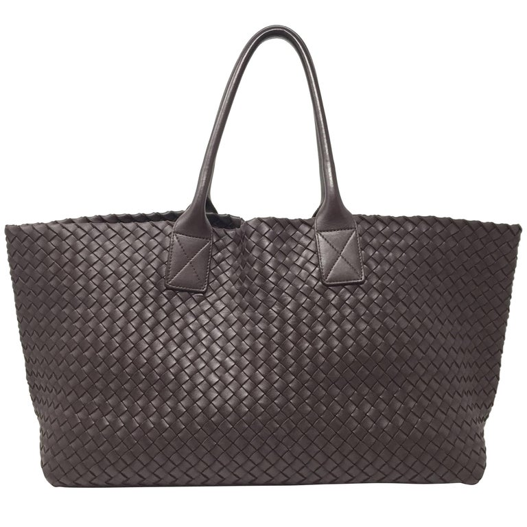 Bottega Veneta Cabat Espresso Lambskin Leather Shopping Tote Bag For Sale