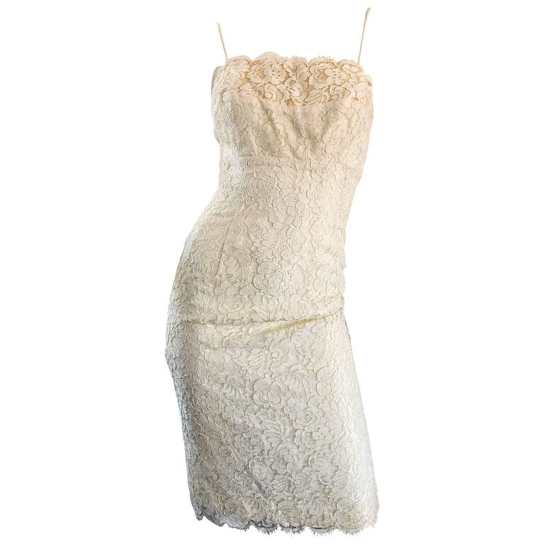 1950s Lilli Diamond Ivory Off - White French Lace Vintage 50s Wiggle Dress For Sale