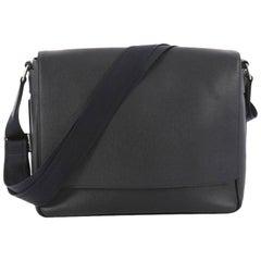 Louis Vuitton Taiga Leather MM Roman Handbag