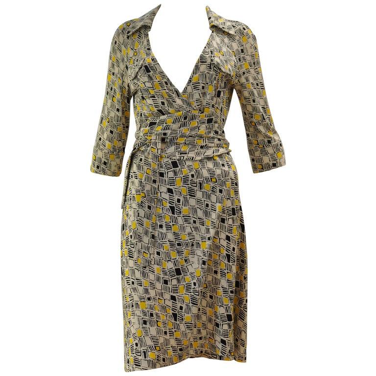 """Diane Von Furstenberg  """"Denise""""Silk Jersey Wrap Dress Size 12"""