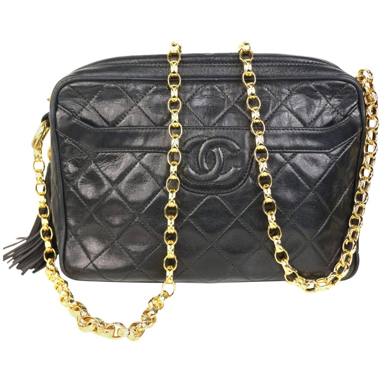 faaee1dd3c12 Chanel Black Quilted Lambskin Tassel with Gold Toned Chain Shoulder Bag For  Sale. - Vintage late 80s ...