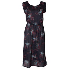A vintage 1970s abstract floral printed Shift day Dress