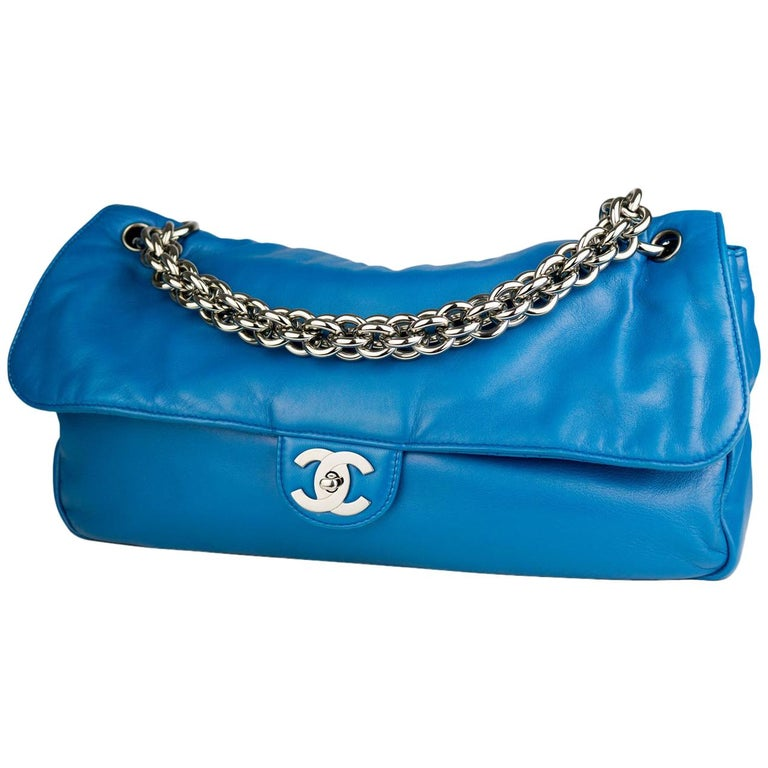b1ab4e76a472 Chanel large blue soft lambskin flap with extra thick chunky chain For Sale