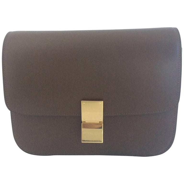 Celine Camel Calfskin Box bag with Gold Hardware and Removable Strap For  Sale 1754a6191563a