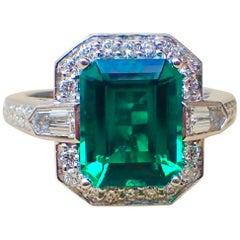 18k White Gold Ring 2.83 carat Chatham-Created Emerald & 0.70 carats of Diamond