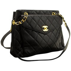 CHANEL Caviar Quilted Chain Shoulder Bag Black Leather Gold Zipper