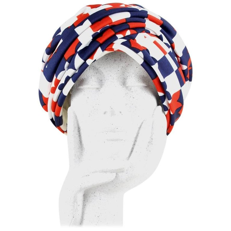 Berliner Modelle Stylized Navy Red and White Heart Print Turban Hat, 1950s/1960s For Sale