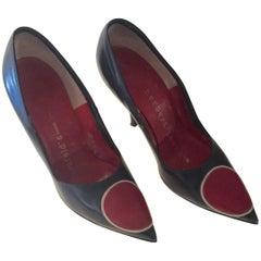 Herbert Levine 1960's Black/Red Target Geometric Pointed Toe Stilettos Size 6