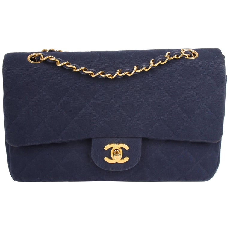 d50b5b42b966 Chanel Vintage 2.55 Timeless Denim Double Flap Bag - blue at 1stdibs