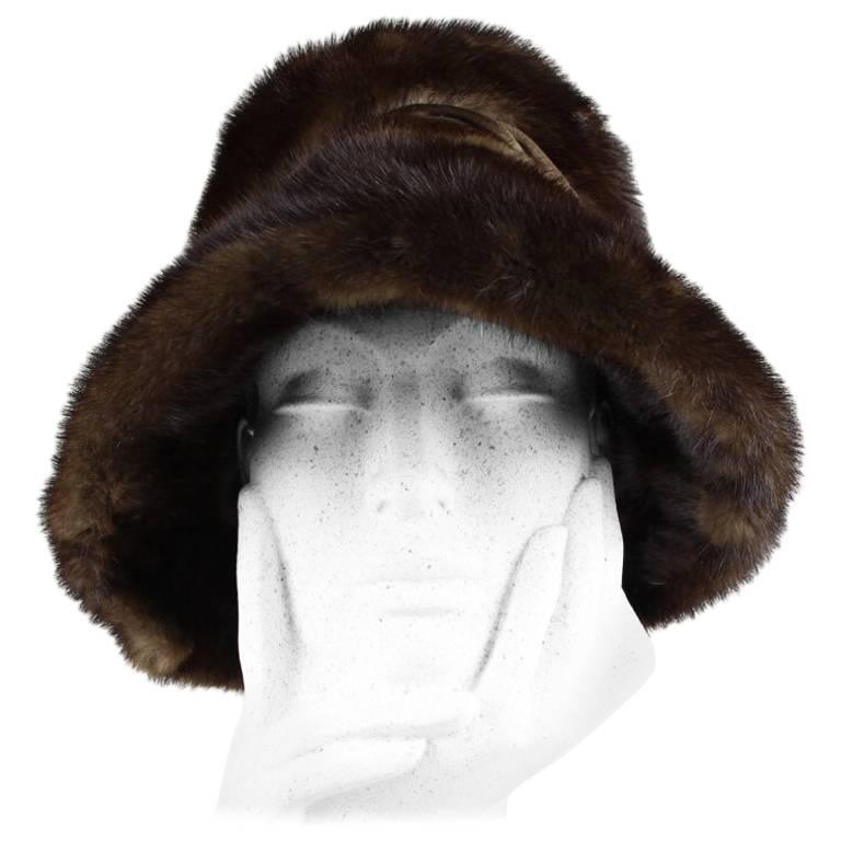 1960s Dark Chocolate Brown Brimmed Mink Fur Hat With Twisted Satin Ribbon