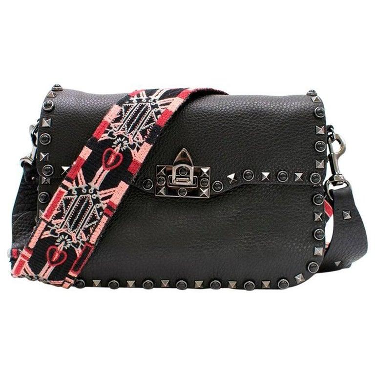 5c9f728c37e56d Valentino Garavani Rockstud Rolling Noir Shoulder Bag For Sale at ...