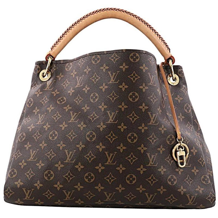 b9029a25035b Louis Vuitton Artsy Handbag Monogram Canvas MM at 1stdibs
