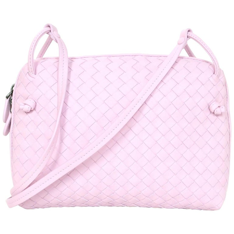 f53bafdef328 Bottega Veneta Light Pink Intrecciato Nodini Crossbody Bag with Dust Bag  For Sale at 1stdibs
