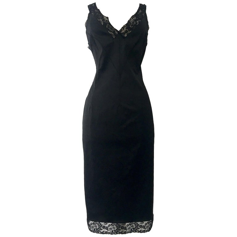 90'S Classic Dolce & Gabbana Black Fitted Slip Dress Sz-40 For Sale