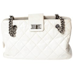 Chanel Reissue Shoulder Bag Tote in White Quilted Leather with Silver HW