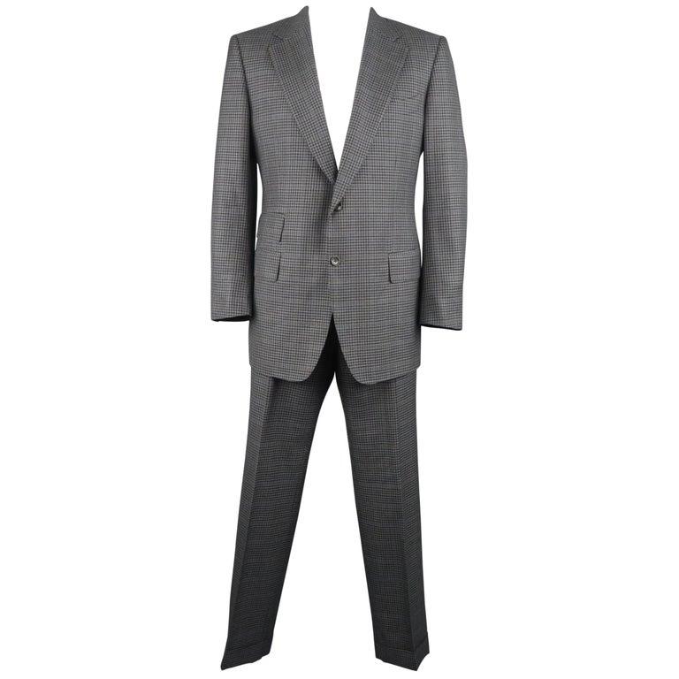 Men's  46 Long Dark Gray Plaid Wool / Silk Notch Lapel Suit