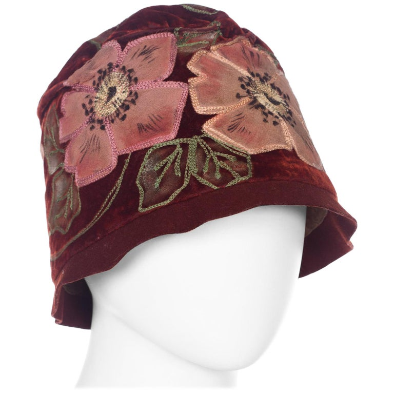 1920s Hand Painted Silk Velvet Cloche