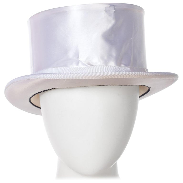 Collapsable White top Hat Size 7 1/2