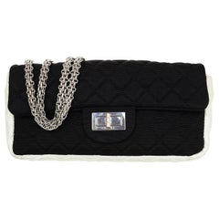 Chanel Black & White Quilted Grossgrain 2.55 Reissue East/West Flap Bag