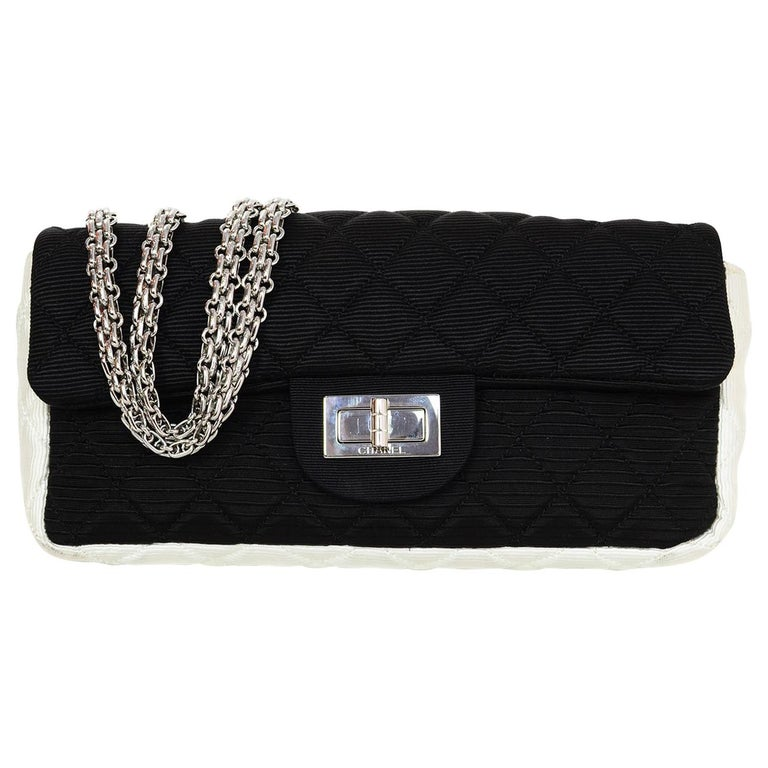 a598f6d87df0 Chanel Black & White Quilted Grosgrain 2.55 Reissue East/West Flap Bag For  Sale