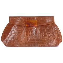 m  1950s Alligator Clutch with Lucite Clasp
