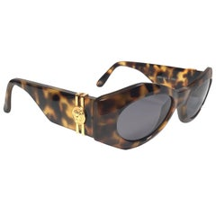 New Vintage Gianni Versace 422 Tortoise Sunglasses 1990's Made in Italy
