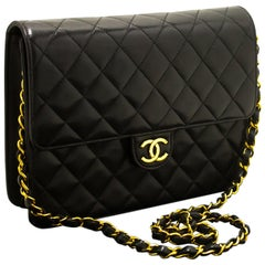 Chanel Chain Black Quilted Flap Lambskin Purse Shoulder Bag Clutch