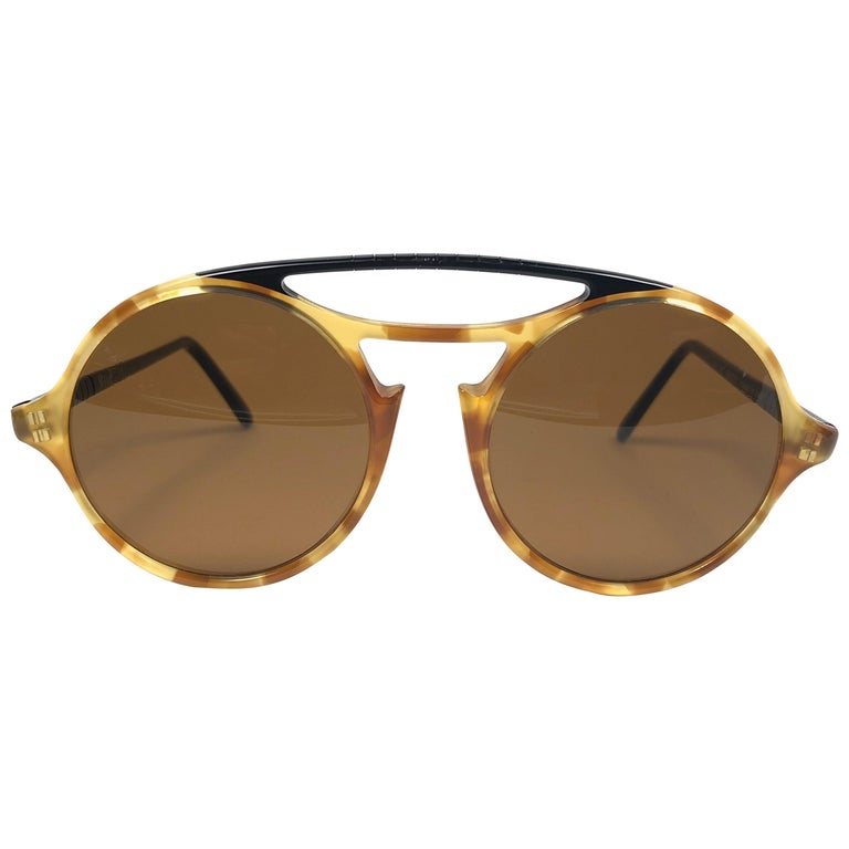 Persol Vintage 650 Round Tortoise Sunglasses, 1990  For Sale