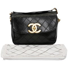 CHANEL Vintage Bag in Black Quilted Lambskin Leather