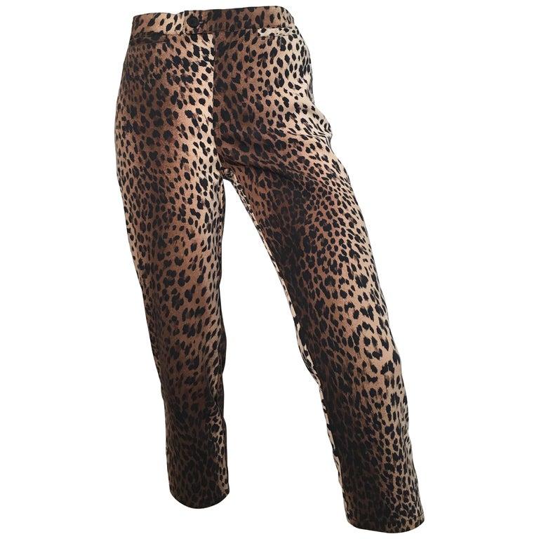 MOSCHINO Cheetah Print Capri Pants Size 8.
