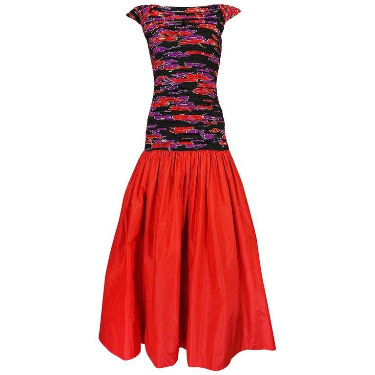 Valentino Backless Red Silk Taffeta and Printed Silk Dress, 1984 - 1985