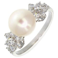 Feri Pearl Siledium Silver Fashion Ring
