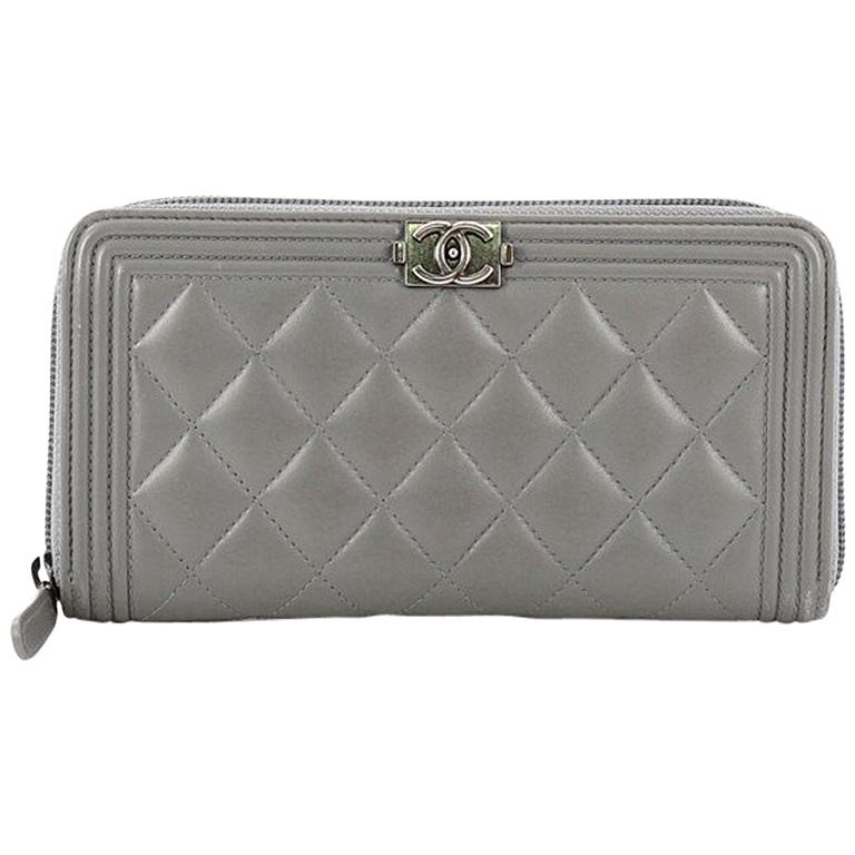 b884e2609705 Chanel Boy L-Gusset Zip Wallet Quilted Lambskin Long at 1stdibs